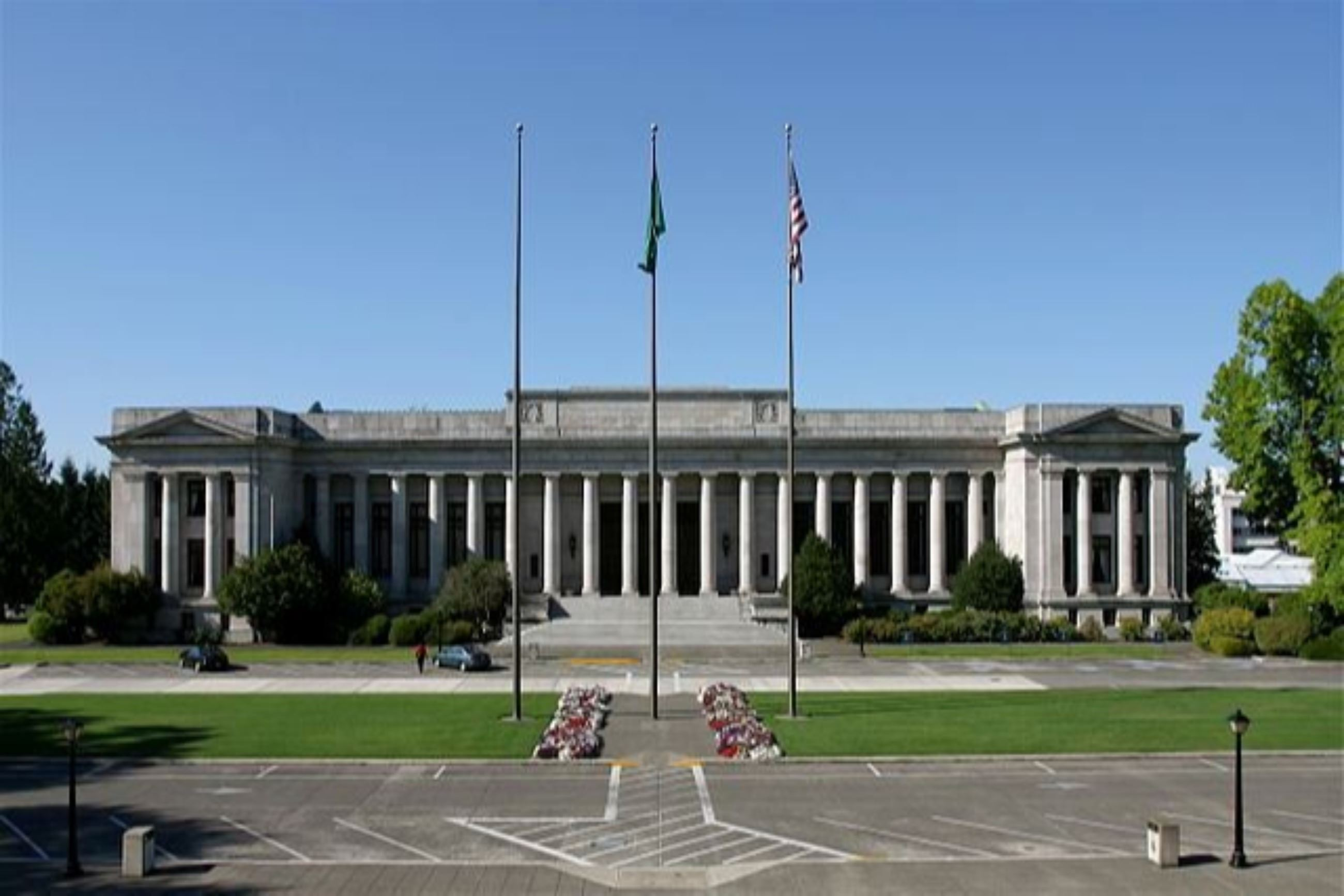 The-Temple-of-Justice-at-the-Washington-State-Capitol-in-Olympia-Washington.